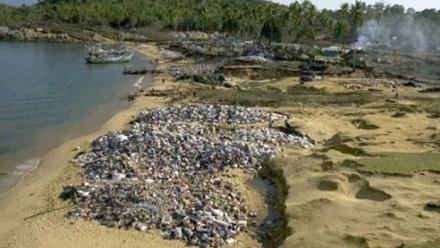 india-tsunami-beach-clothing